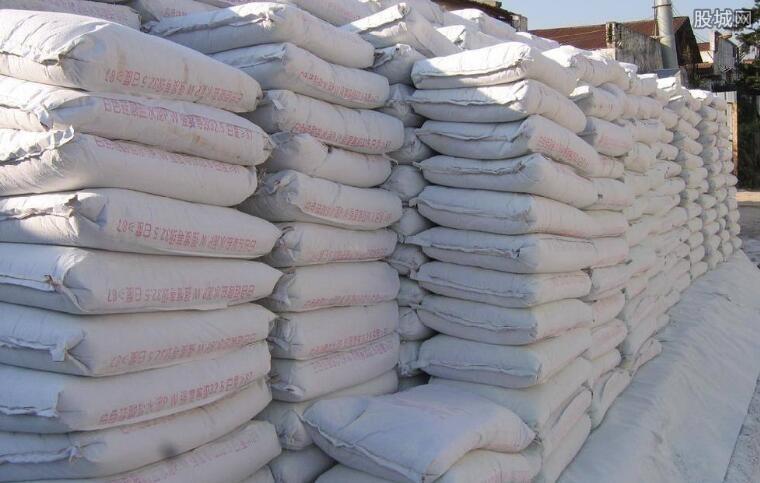 水泥产能去化刺激天山股份