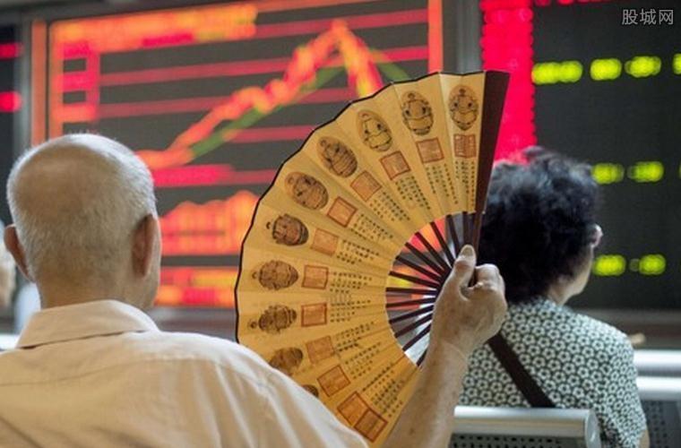安邦保险系市值最大3只股