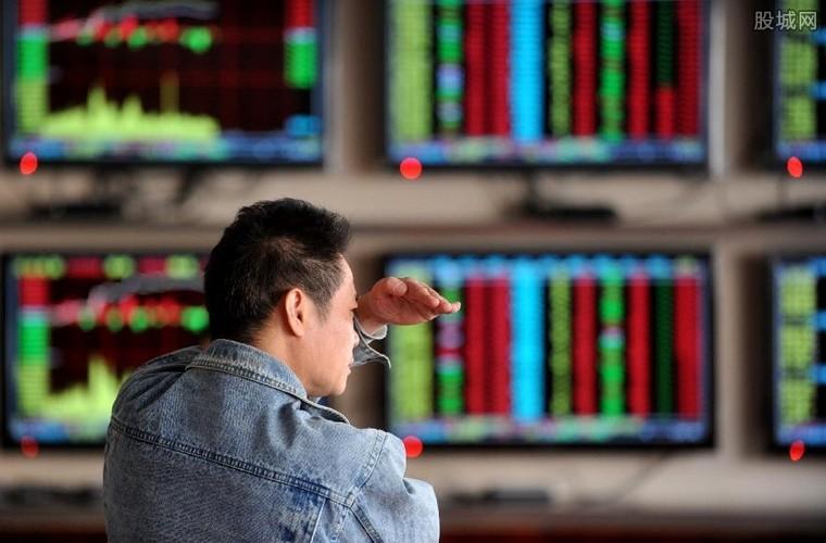 一只股票最少买多少股