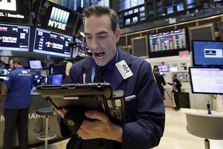 美股三大股指涨跌不一