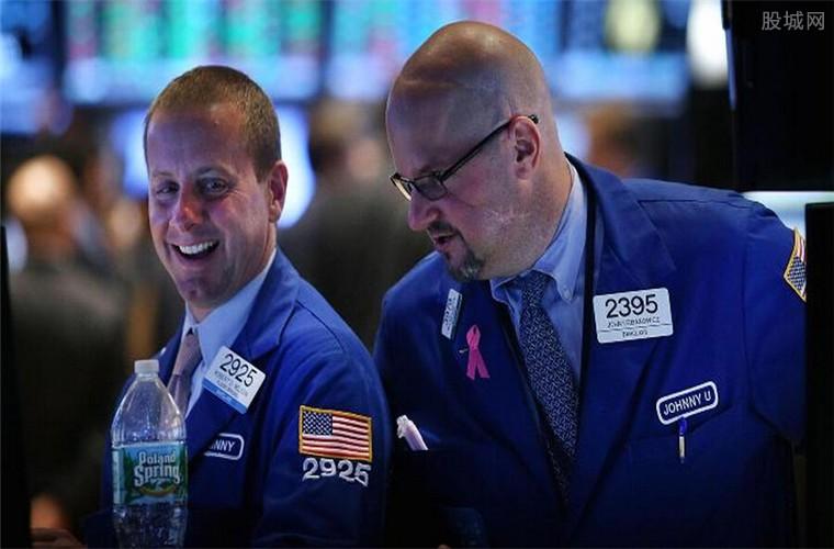 欧美三大股指全线收涨