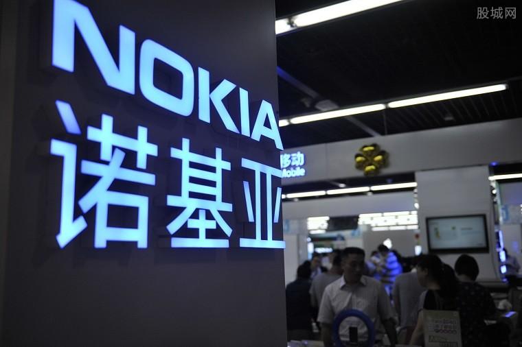 诺基亚杀回手机市场