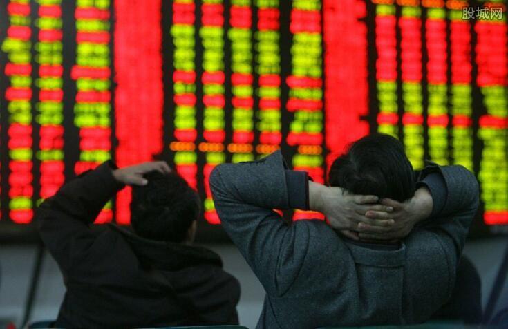 个股期权标价影响要斋