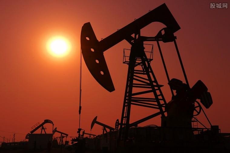 国际油价突破80美元