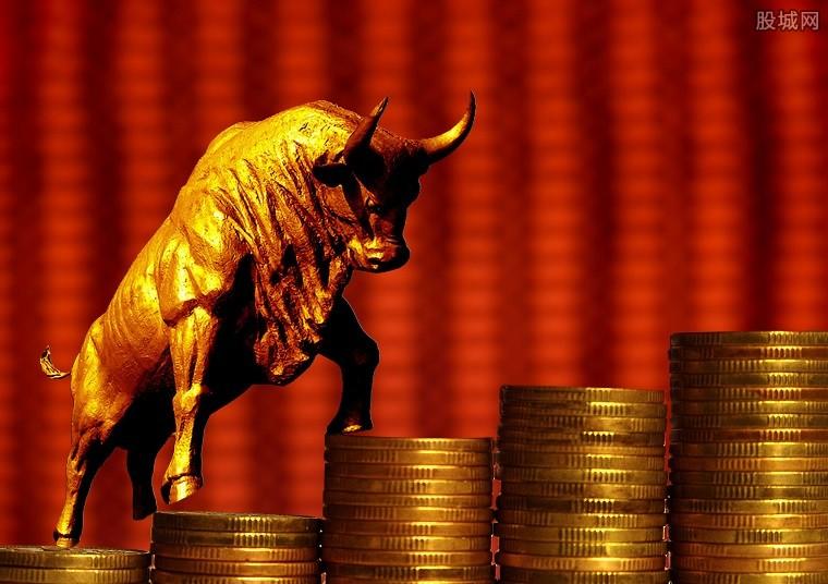 主流险企加仓周期股