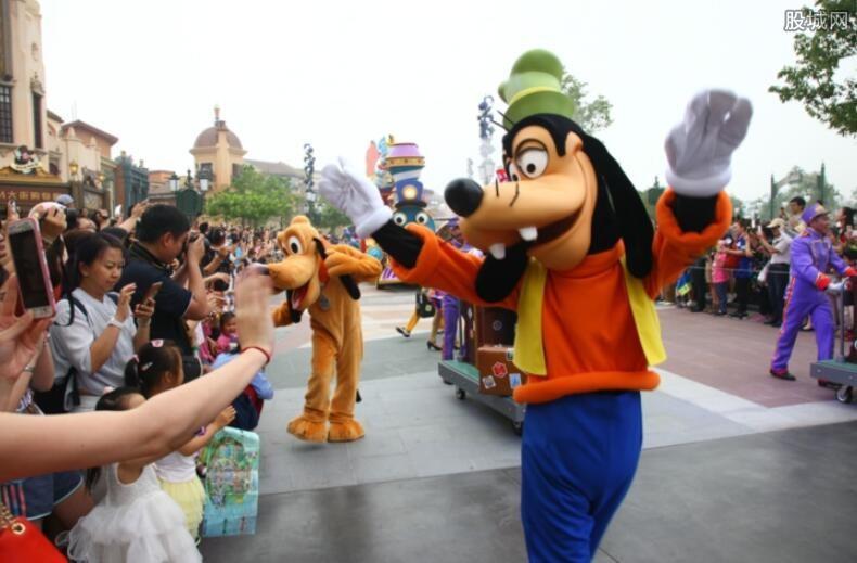 上海迪士尼:预计开园客流预计1000万人次