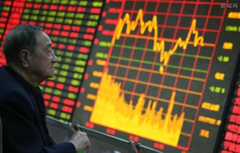 沪指尾盘翻红收涨0.12%