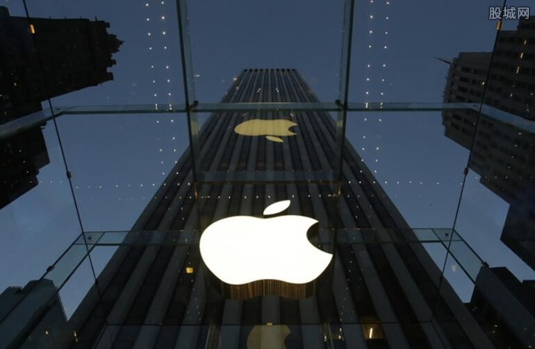 苹果股票收盘价创新高