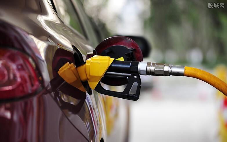 供应吃紧国际油价攀升
