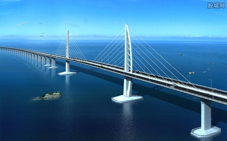 港珠澳父亲桥往昔日畅通车