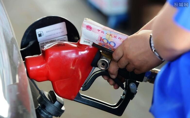 油价或迎年内最大跌幅