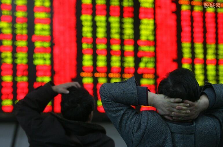 钜派投资股价暴跌33%