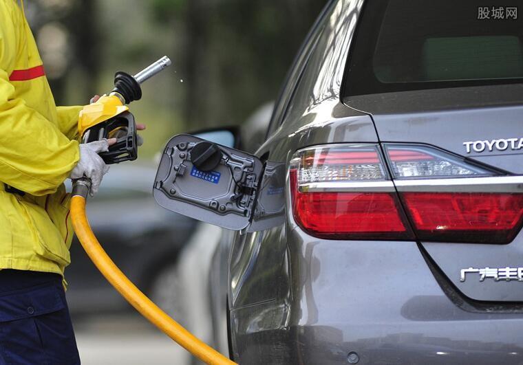油价或继续下调