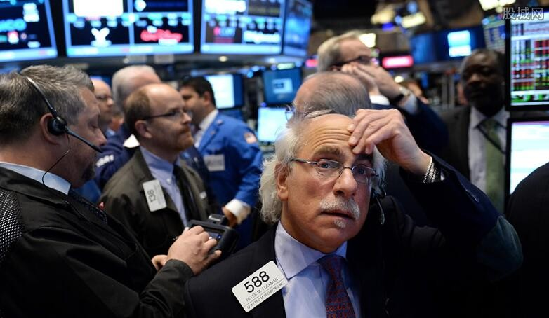 美科技新股全線大跌 Zoom股價收盤大跌11%