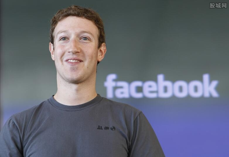 脸书创始人被批评