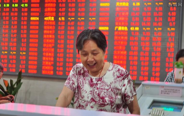 美联储降息在即 中国持续加大宽松货币政策