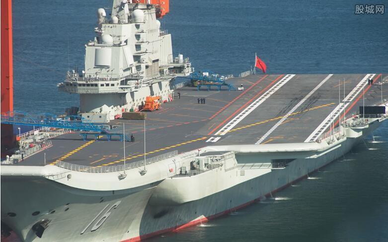 国产航母海试