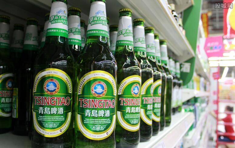 青岛啤酒大涨7%