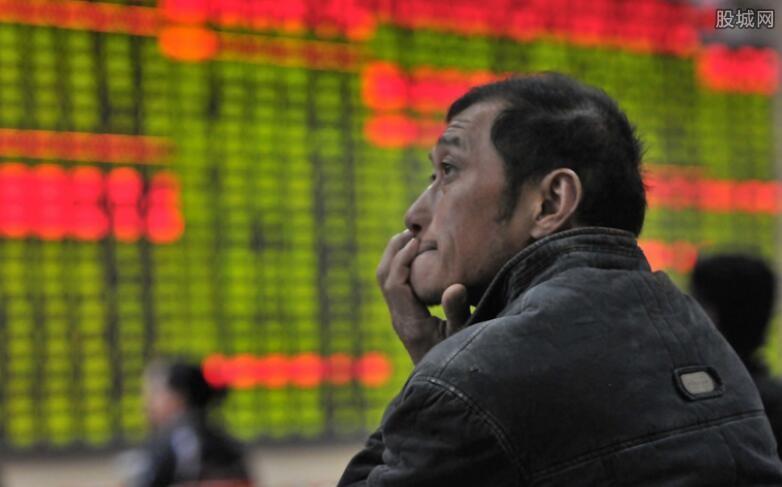 证券板块持续下挫