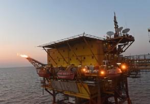 原油价格大涨 油气产业链相关股票将受益