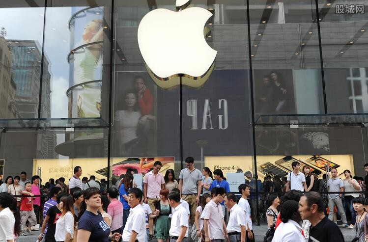 尊重用户隐私遭总统发文炮轰 苹果公司进退两难