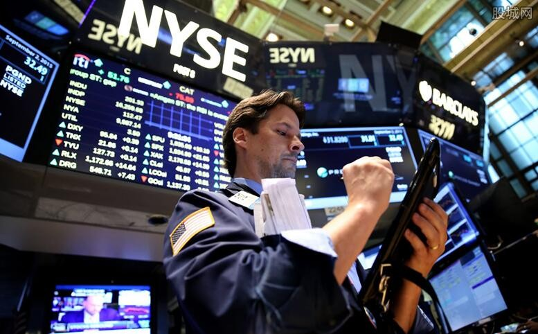美股三大指数最新消息