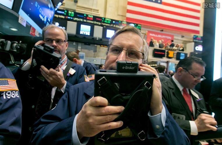 油价暴涨提振美股普涨 就业市场成为经济反弹阻力