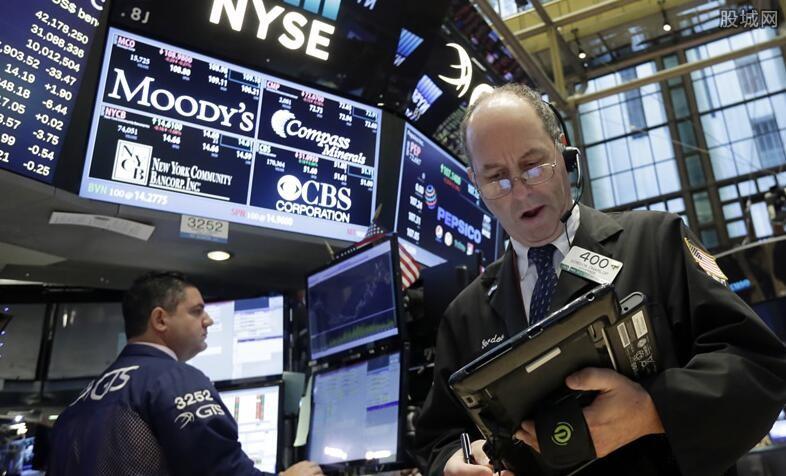 美股三大指数集体收高 苹果和谷歌公司涨近2%