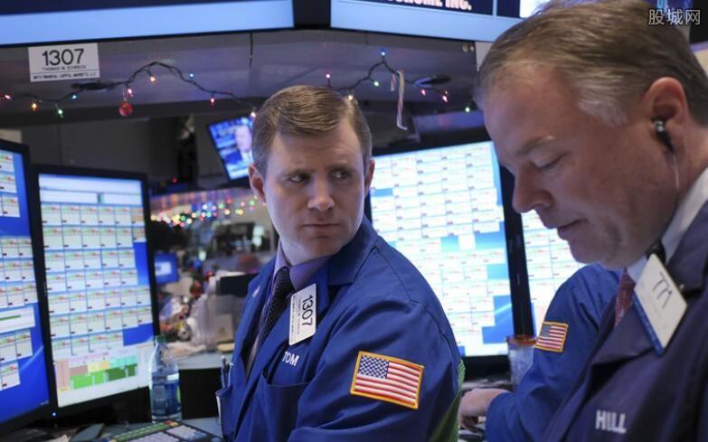 欧美股市重挫道指跌逾700点