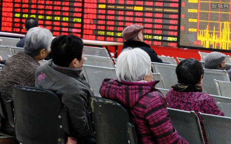 熊市买什么股票好 散户投资者应该怎么应对?